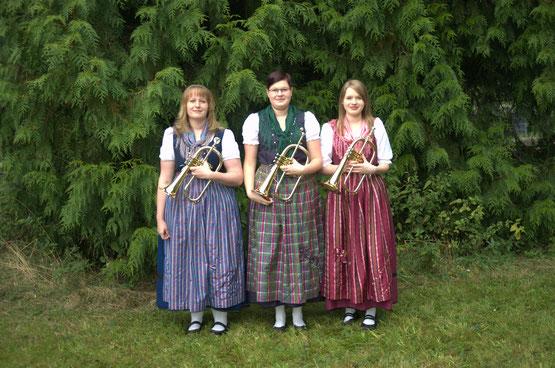 Flügelhorn: Maria Gerber, Anna Geiger, Nina Geiger
