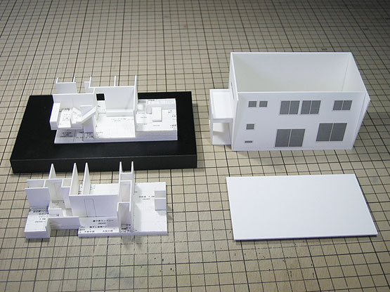 白い1/100の住宅模型全パーツ