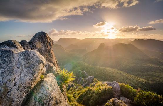 Blick über die Berge bis zum Horizont, Atem- und Entspannungsübungen mit inneren Bildern
