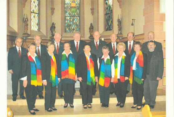 Der gemischte Chor mit Chorleiter Günter Werner 2009