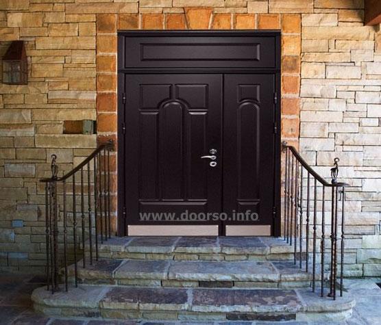 Нестандартные двери в городе Руза.