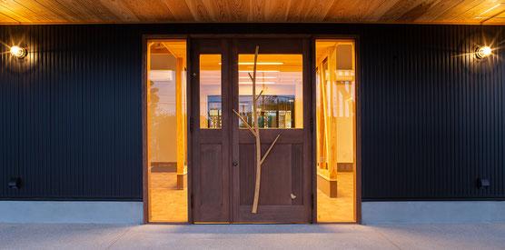 店舗用玄関ドア 木製ドア
