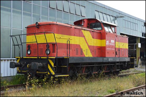 346 811-3 ist als Lok 3 beim Rostocker Fracht- und Fischereihafen eingestellt. Dort steht sie am 28. August 2019 ohne Arbeit abgestellt
