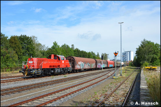 261 014-5 fährt am 18. August 2020 mit ihrer Übergabe aus Zwickau in den Zielbahnhof Chemnitz-Süd ein