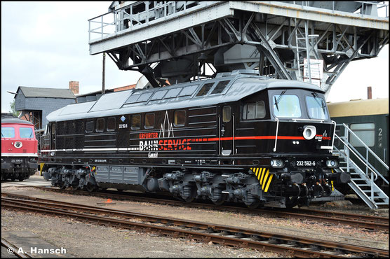 Am 13. Juni 2021 ist die Lok bereits im Einsatz. Im SEM Chemnitz ist sie wegen eines kleinen Defekts erneut zu sehen