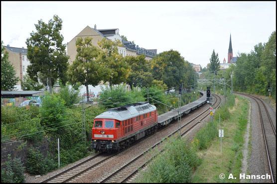 Am 31. August 2018 verlässt 232 469-7 mit Leermilitärzug aus Marienberg Chemnitz gen Zwickau