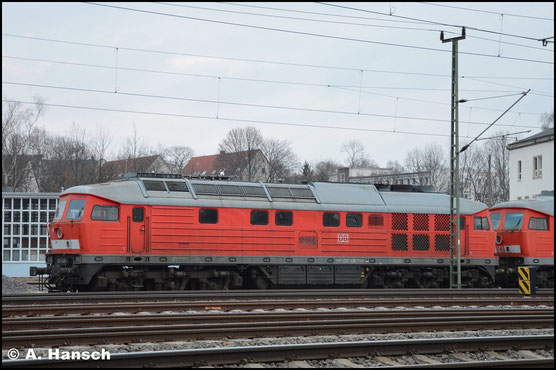 232 426-7 steht am 21. Februar 2019 am AW Chemnitz zum Abtransport nach Lettland bereit. Dort soll sie eine neue Hauptuntersuchung erhalten