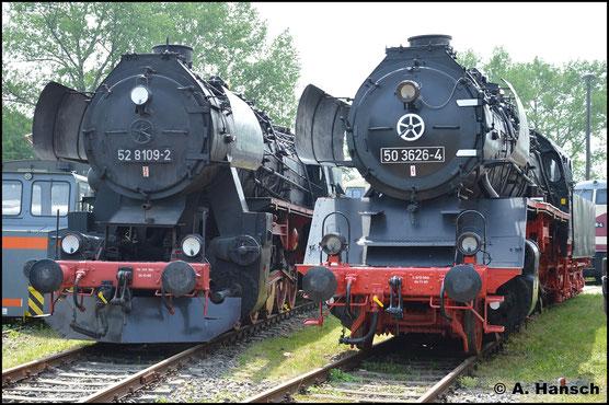 Im Bestand des TEV Weimar befindet sich neben 52 8109-2 auch 50 3626-4. Am 28. Mai 2016 konnten die Maschinen nebeneinander an der Drehscheibe fotografiert werden
