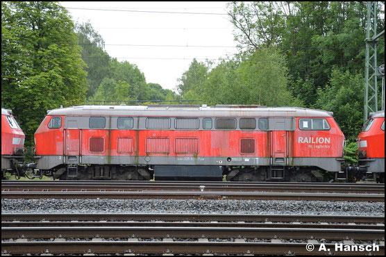 Am 24. Juni 2018 erreicht ein Lokzug aus Hamm das DB Stillstandsmanagement Chemnitz. Mit im Zug war auch 225 020-7 zu finden