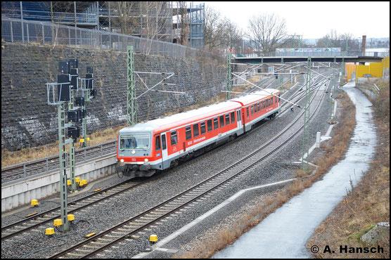 628/928 596 erreicht am 10. März 2018 Chemnitz. Am Dresdner Platz entstand dieses Bild