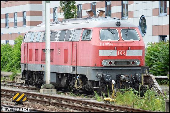 218 813-4 steht am 15. Juli 2015 aufgabenlos in Nürnberg Hbf.