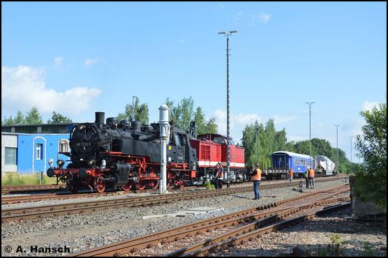 Die nächste große Aktion um 86 1333-3 gab es am 26. Juni 2016, als sie gemeinsam mit 112 565-7 einen Großtrafo von Chemnitz Hbf. nach Grünstädtel fährt. Hier wird in Chemnitz-Süd Wasser genommen
