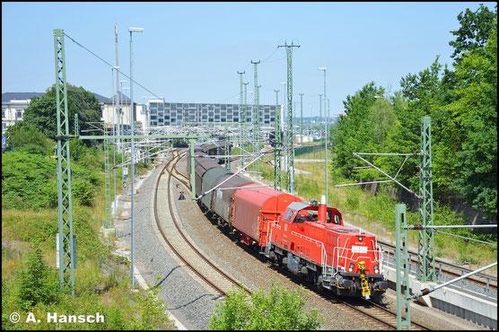 """An der Übergabe Chemnitz - Zwickau ist die """"Gravita"""" häufig zu sehen. So verlässt 261 045-9 mit dieser Leistung am 28. Juni 2019 Chemnitz Hbf."""