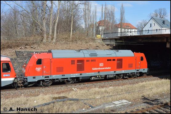 Die BR 245 unterscheidet sich zur BR 246 dadurch, dass sie statt einem großen Motor vier kleine Motoren besitzt, die separat zu- und abgeschaltet werden können