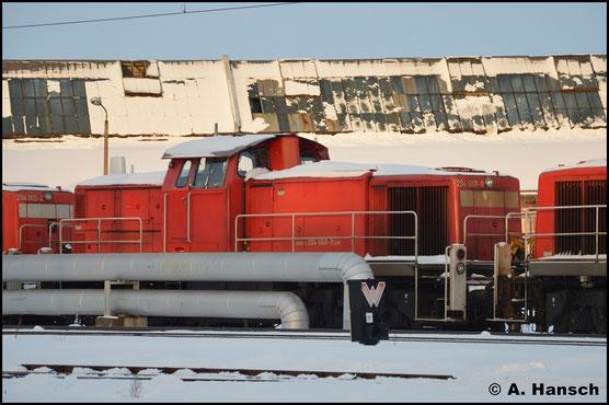 Am 15. Januar 2017 ist die Lok schließlich mit 6 Schwestermaschinen am AW Chemnitz abgestellt
