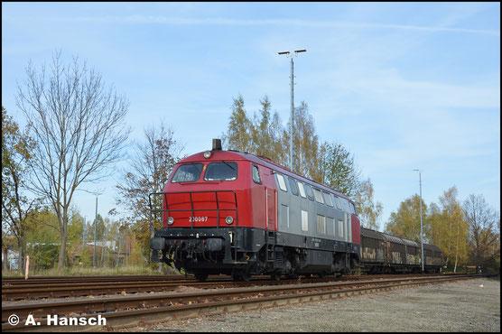 Am Railport Chemnitz, in Chemnitz-Süd wartet die Lok auf neue Aufgaben
