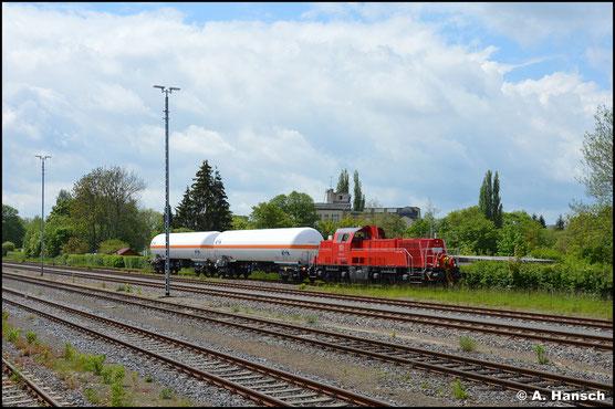 261 093-9 verlässt mit kleiner Übergabe nach Hartmannsdorf den Chemnitzer Südbahnhof (28. Mai 2021).