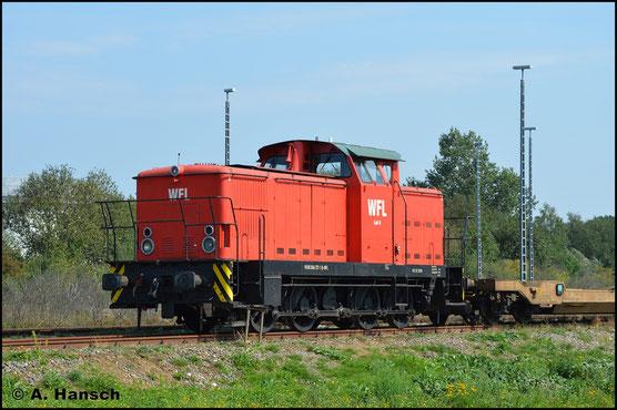 346 727-1 (WFL Lok 8) steht am 28. August 2019 im Gelände des Seehafens Rostock abgestellt