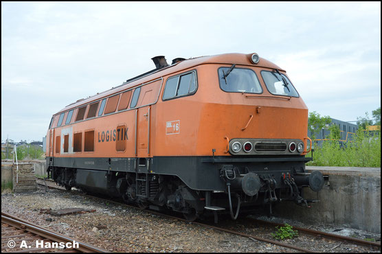 Am 17. Mai 2017 verkehrten 2 Schotterzüge ab Chemnitz Hbf. nach Annaberg. Einer davon war mit 225 100-7 (BBL Lok 16) bespannt. Nach (meinem und ihrem) Feierabend konnte ich die Lok in Chemnitz-Süd fotografieren