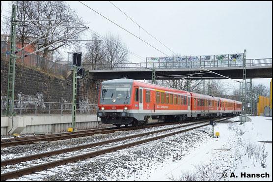 ...davor 928/628 577 gleich Chemnitz Hbf. Ziel ist das AW Chemnitz, wo Modernisierungsarbeiten an den Triebwagen aus Mühldorf durchgeführt werden