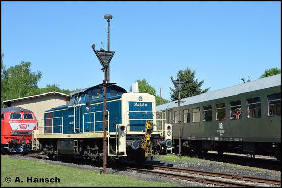 Am 14. Mai 2018 ist die Lok im Bw Schwarzenberg zum Eisenbahnfest zu Gast. Sie ist kaum wieder zu erkennen. Die Railsystems RP GmbH ist neuer Besitzer der Maschine