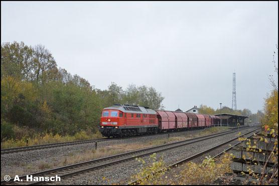 Am 7. November 2017 hatte 232 635-3 den Gipszug Chemnitz-Küchwald - Großkorbetha am Haken. In Wittgensdorf ob. Bf. passte ich die Fuhre ab