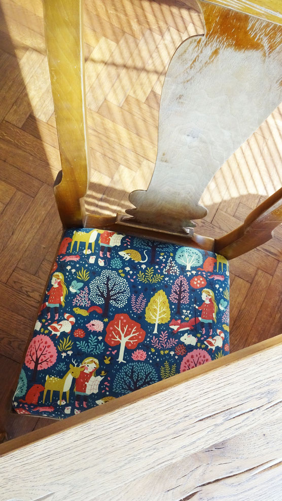 upholstering a chair by atelier goldfaden