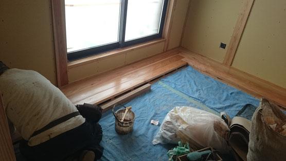 自然素材健康住宅にはリボス自然健康塗料で