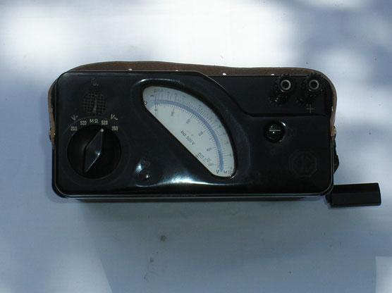 Metrawatt  Spannungs und Isolations Messgerät mit Induktor