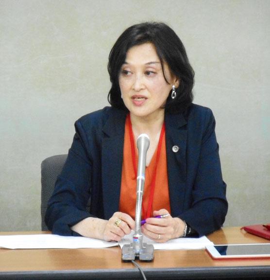 2019年8月30日の合同部会終了後の記者会見で発言する水口真寿美HPVワクチン薬害全国弁護団共同代表