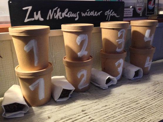 Gerettete Suppen am Abend zur Abholung bereit. Zu buchen über toogoodtogo.de