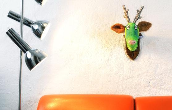 Wandtrophäe Ole pur - aus Frotteestoffen handgefertigt. Ausgefallene Wanddekoration.