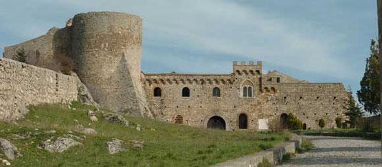 Bovino, Castle