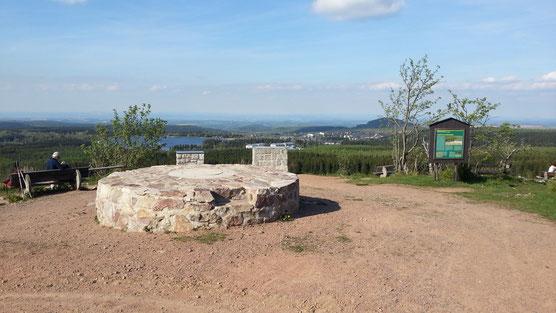 Blick vom Kahleberg zum Geisingberg