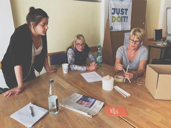 Futurepreneur Coaches beim Brainstorming