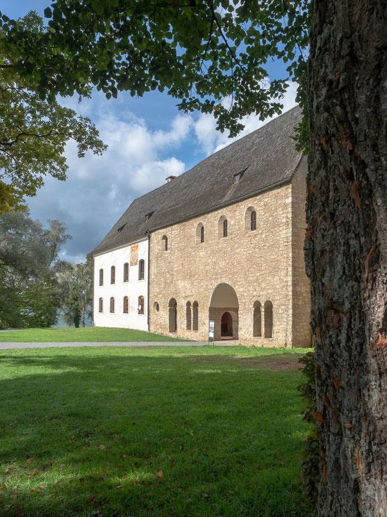 Die karolingische Torhalle