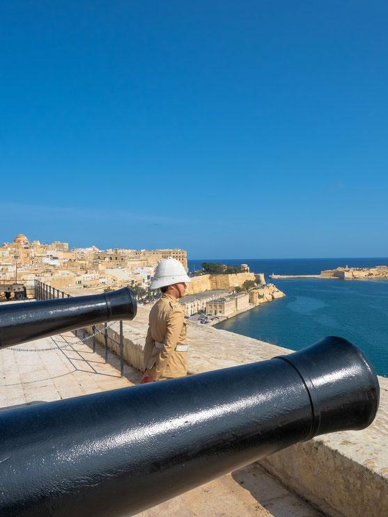very british.... der Malta Heritage Fund.