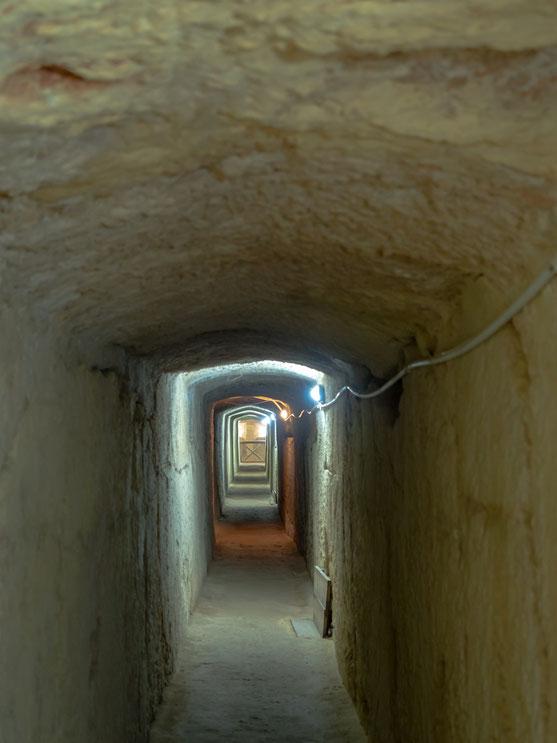 Innerhalb des Forts verlaufen zahlreiche recht enge Gänge