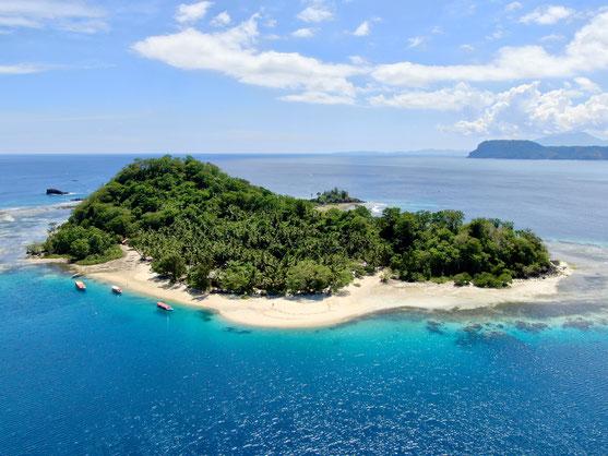 Bunaken, Bangka island, Sulawesi, Lembeh