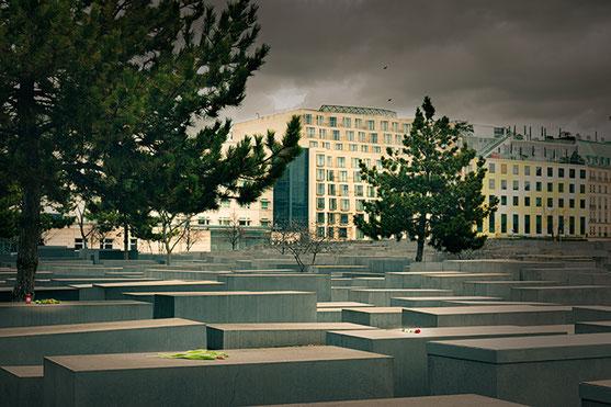 Holocaust Memorial, Berlin (c) www. strobgalerie.at