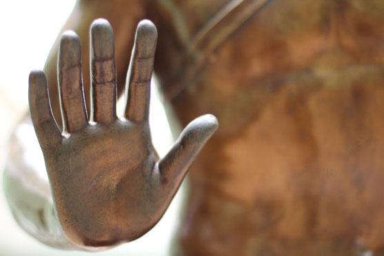Luzide Träume Ralitätscheck Hände Handfläche bewusster Traum Klartraum Träume was du träumen willst