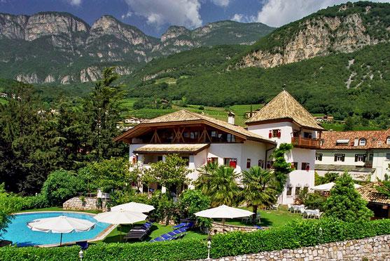 Schwarz Adler Turmhotel - Albergo - Kurtatsch - Cortaccia - Südtirol - Alto Adige - Gourmet Südtirol
