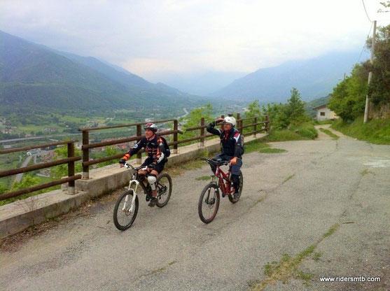 la prima parte è stata tosta....ci rilassiamo con il panorama sulla  Val di Susa