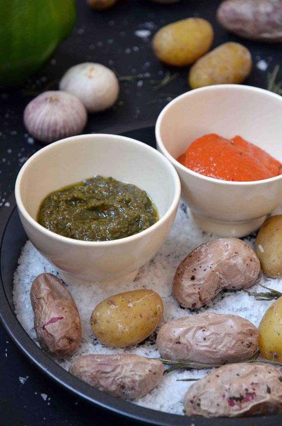 Bunte Kartoffeln, viel Salz und Knoblauchsaucen. Manchmal braucht es gar nicht mehr bei heißen Temperaturen.