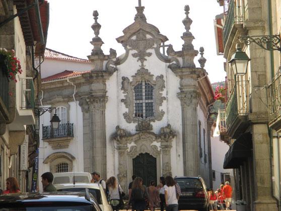 Barocker geht's kaum: eine von vielen Kirchen in Viana do Castelo