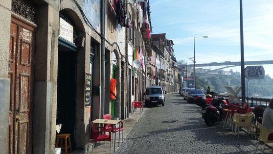 Porto Rio Duro River Portugal hostelworld travel to come closer Jeanine
