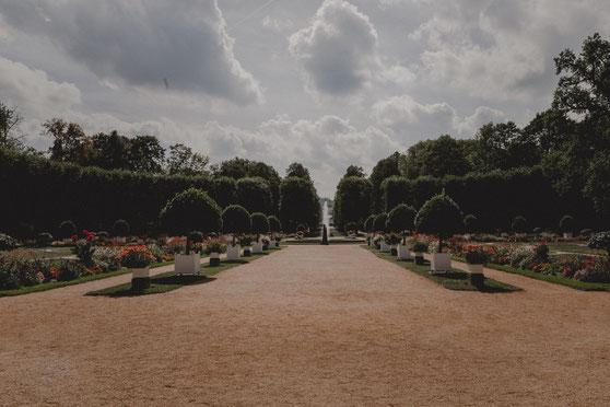 Sommer Hochzeit in der Orangerie in Ansbach im Schlossgarten mit Freier Trauung