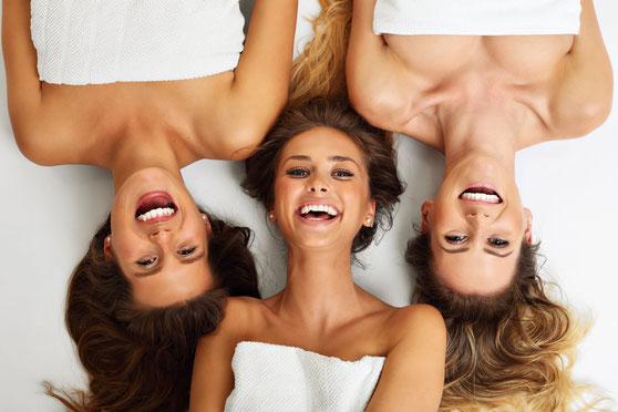 Welness, Auszeit, kosmetikbehandlung München, Gutschein, Creativ Nail & Beauty, CND Shellac, nageldesign
