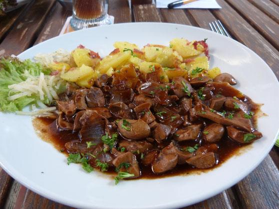 geht halt nix über schwäbisches Essen - Saure Nierle mit Bratkartoffeln
