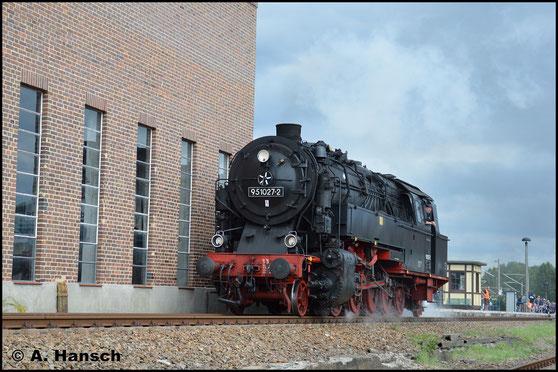 Am 20. August 2017 ist die Lok beim 26. Heizhausfest im SEM Chemnitz zu Gast. Zur Lokparade entstand dieses Bild